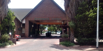 ROCKFACE BRICKS FOR GAMAGARA LODGE IN KATHU